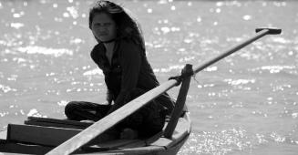 siteG_mekong_rio_barco_mulher3b