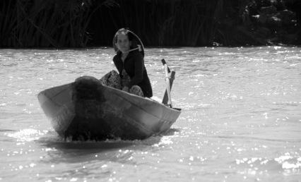 siteG_mekong_rio_barco_mulher3d