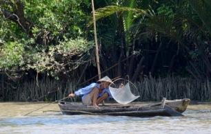 siteG_mekong_rio_pescador2